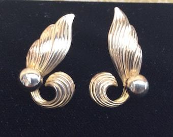 Bond Boyd Sterling Vermeil Screw back earrings vintage