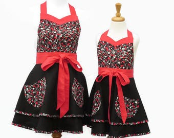 Mother & Daughter Retro Apron Set, Mommy and Me Matching Retro Aprons, Mom and Daughter Black Red Retro Aprons, Matching Retro Aprons