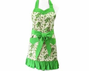Women's Green Clover Apron, Green St. Patrick Day Apron, Pretty Clover Apron, Floral Green Apron, Green Kitchen Apron, Green Irish Apron