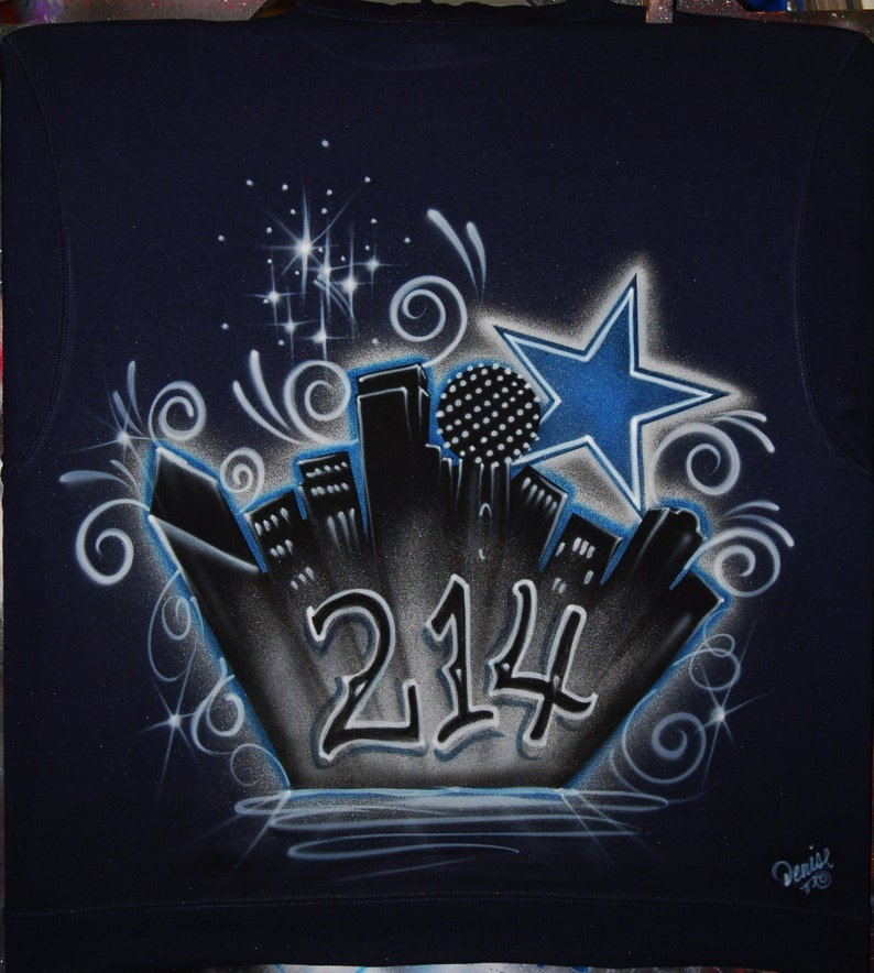 fcb5eced7fdc Airbrush D-Town Old English Dallas Skyline 214 Star Fireworks