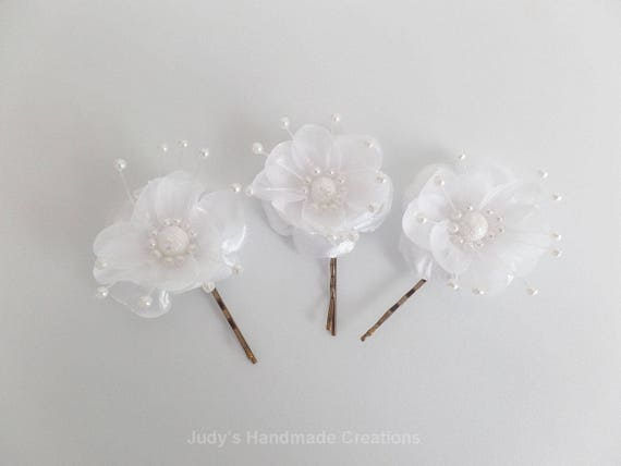 White flower hair pin flower hair pins white flower hair etsy image 0 mightylinksfo