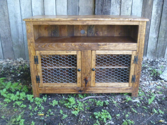 Rustic Pallet Tv Stand Chicken Wire Doors Sideboard Etsy