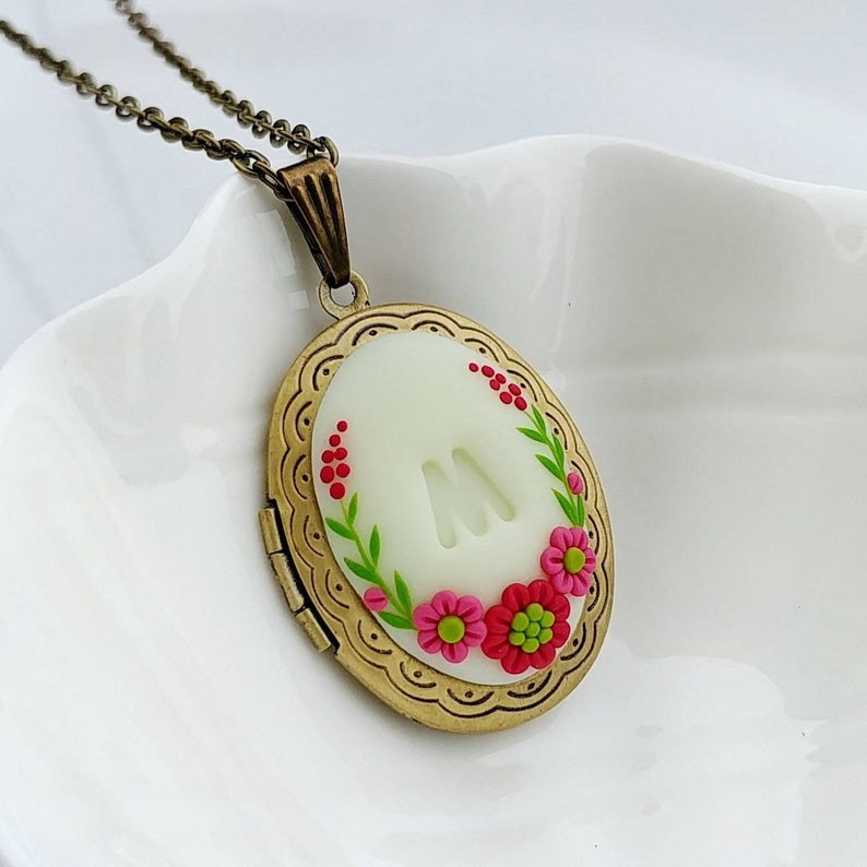 love monogram necklace Floral pendant Clay pendant mother/'s day valentines day Personalized Initial Locket romantic gift for wife