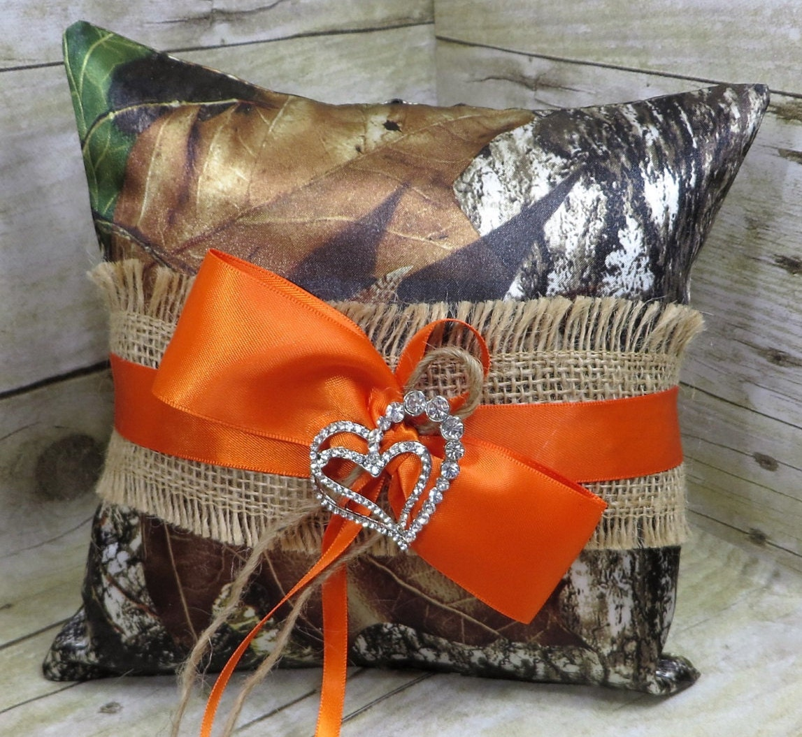 Mossy Oak Camo Ring Bearer Pillow with Burlap Camo Ring | Etsy