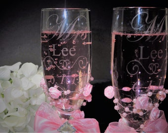 Mr. and Mrs. Toasting Flutes, Toasting Glasses, Wedding Toasting Glasses, Champagne Flutes, Etched Glasses, Personalized Toasting Glasses