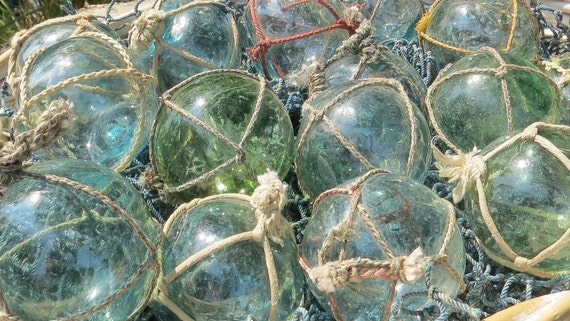 "Japanese Glass Fishing FLOATS 2/"" Netted LOT-30 Round BULK Bridal Pool Tiki Vntg"