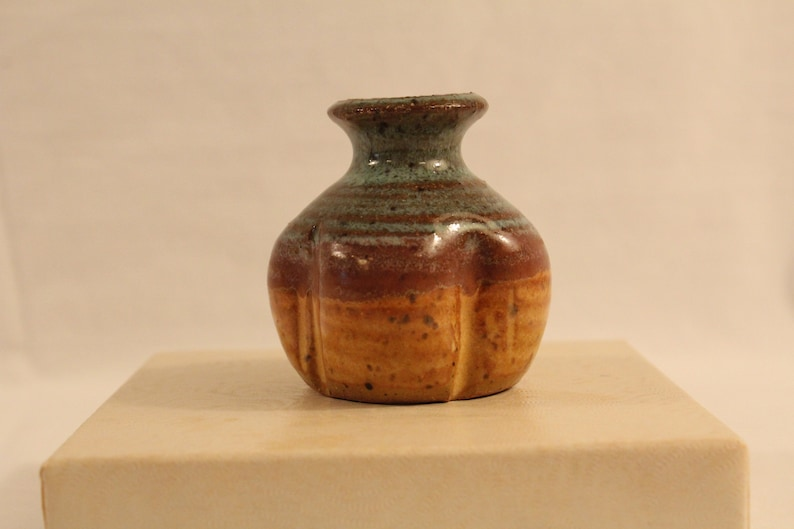 Tan red brown clay Art Pottery signed mini vase Found in Atlanta area Brown colors pottery vase Artist signed hand crafted clay Green