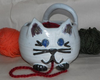 White Cat Yarn Bowl for Crocheting and Knitting