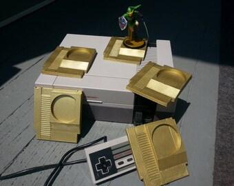 Amiibo Stand NES Gold Cartridge from ZanzibarLand