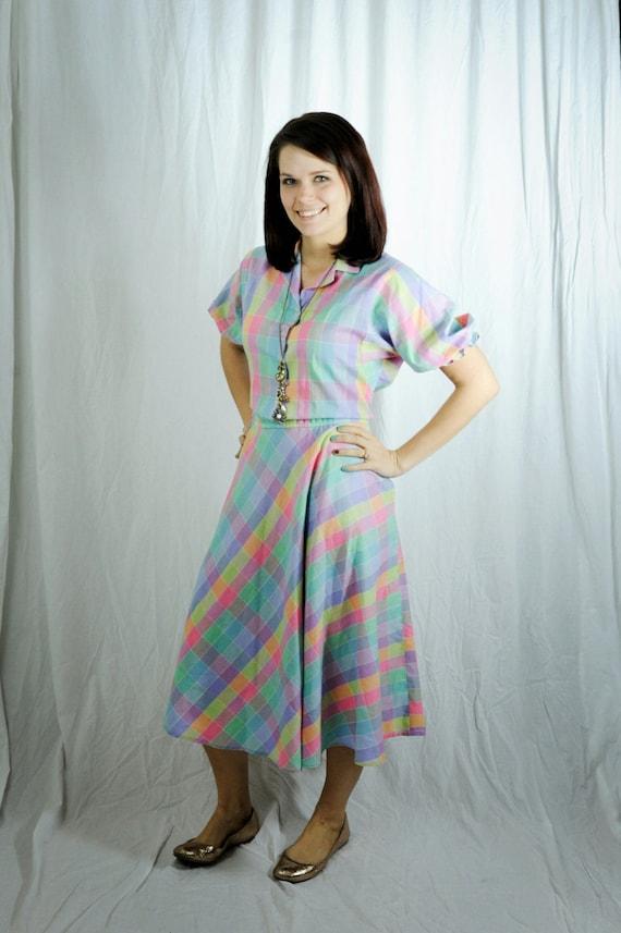 80s shirtwaist dress in pastel plaid s/m