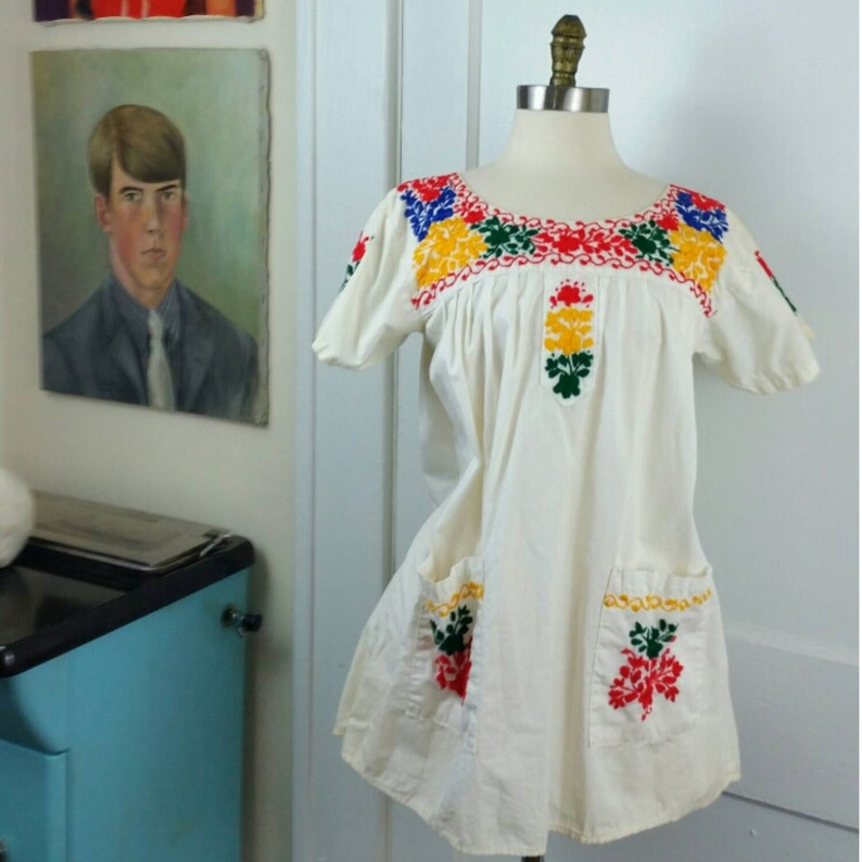 70s Ethnic Boho Tunic Embroidered with Pockets  S/M image 0