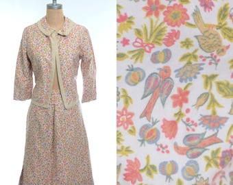 60s Handmade Novelty Print Bird Floral Skirt Suit Medium