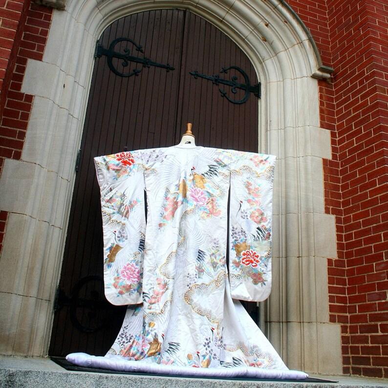 70s Wedding Kimono Uchikake Embroidered Painted Traditional image 0