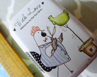 Topiary Chicken Metal Box Hen Party Favors for Candies Sewing Notions or Stash Box, Anthropomorphic Hen or Rooster