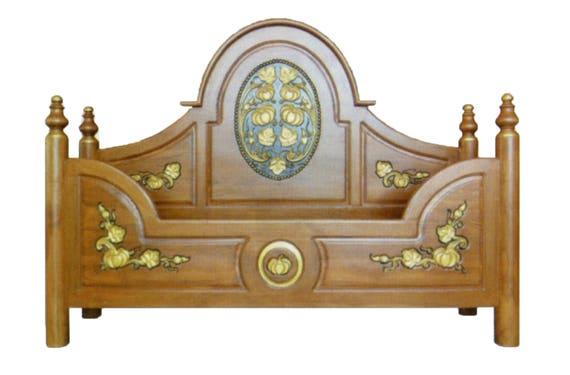 . Modern king   queen size carving solid teak wood platform bed frame design  with pumpkin details