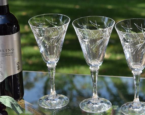 Vintage Etched Wine Glasses, Set of 4,  Vintage Etched 8 oz Water Goblets,  Champagne Cocktail Glasses, Wedding Gifts, Vintage Weddings