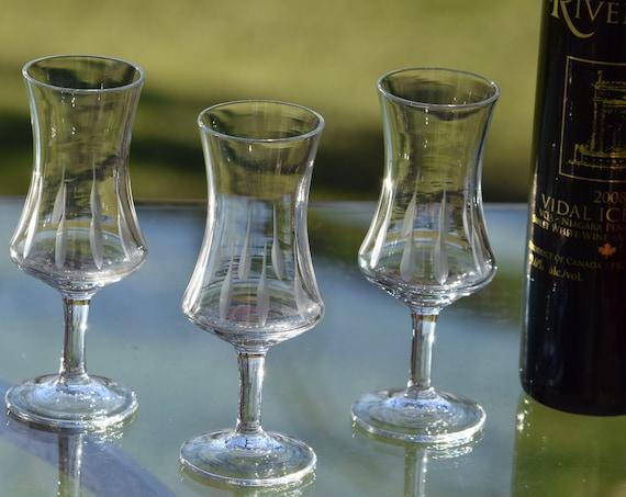 Vintage Etched Wine Cordial Glasses, Set of 6,  2 oz After Dinner Drink Glasses, Vintage Port Wine Liquor Cordial Glasses Dessert Wine Glass
