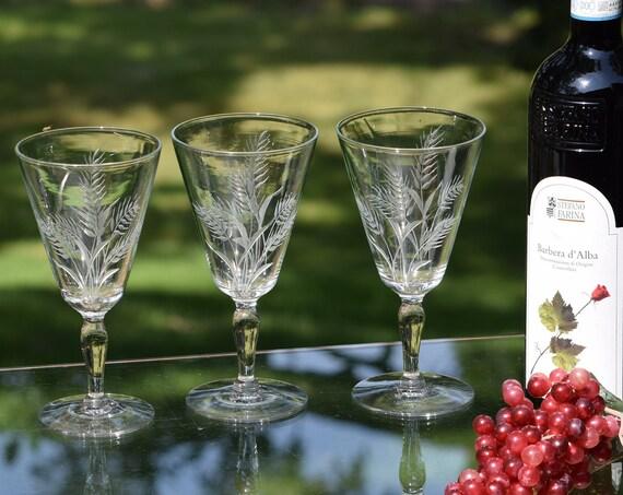 Vintage Etched Wine Glasses, Set of 5,  Vintage Etched Cocktail - Water Glasses, Vintage Wedding Decor - Glasses