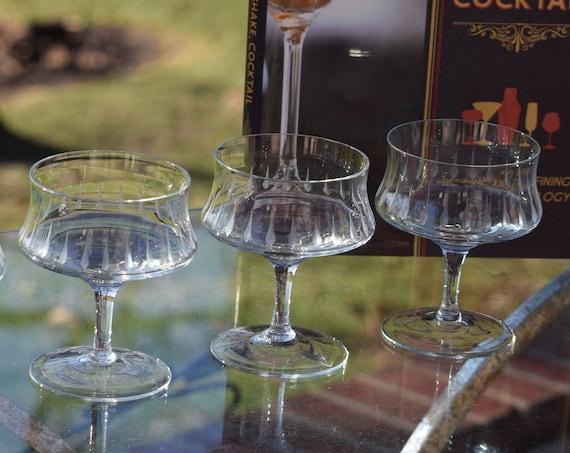 Vintage Cocktail Martini Glasses, Set of 4, circa 1950's, Mixologist Craft Cocktail Glasses, Vintage Champagne Glasses, Manhattan Glasses