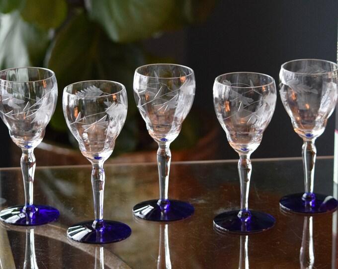 5 Vintage Etched Blue Foot Wine Glasses, Vintage Claret 5 oz Wine Glasses, Wine Tasting Glasses, Small 5 oz wine glasses