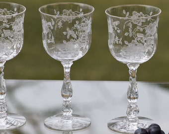 Vintage Etched Crystal Wine Glasses, Set of 4, Fostoria, Willowmere, circa 1938,  Elegant Vintage Wine Glasses ~ Water goblets