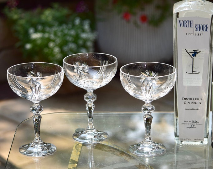 4 Vintage Etched Cocktail Glasses,  1950's, Vintage Etched Champagne Glasses, Mixologists Craft Cocktail Glasses, Home Barware