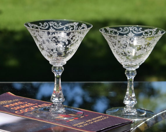 Vintage Acid Etched Cocktail Glasses, Set of 4, Cambridge, Chantilly, circa 1940's, Wedding Toasting Champagne Glasses, Etched Martini Glass