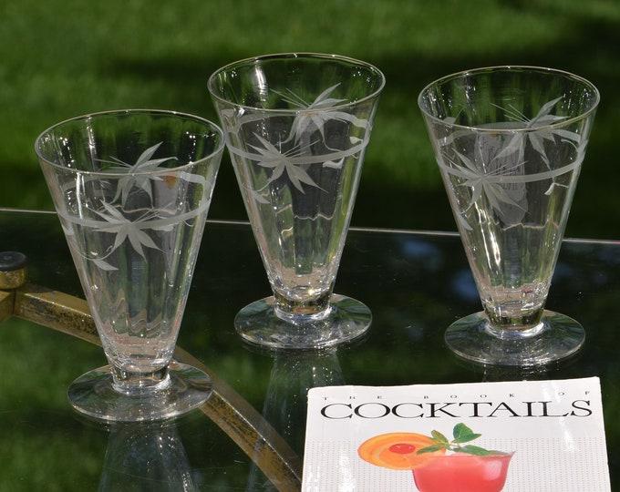 4 Vintage Etched Cocktail Glasses, Set of 4, Floral Etched Optic Cocktail Glasses, Mimosa Cocktail Glasses,  Summer Cocktail glasses