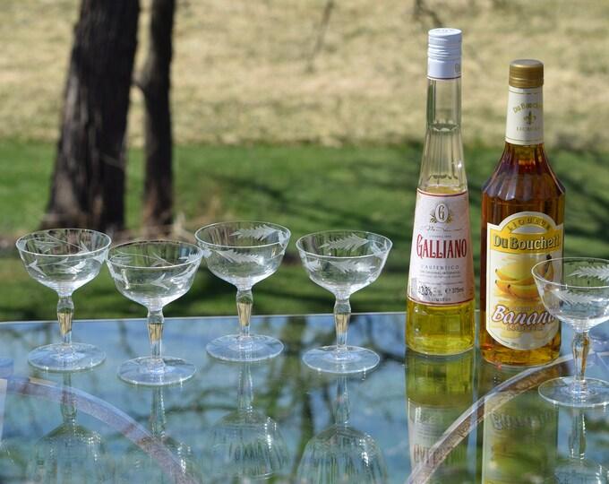 5 Vintage Etched Cocktail Martini Glasses, Vintage 1950's Etched Champagne Glasses, Mid Century Cocktail Glasses, Home Bar Glasses
