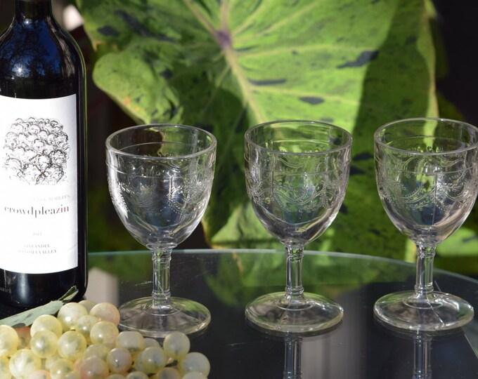5 Vintage  Wine Glasses Set of 5, Antique Pressed Glass Wine Glasses, Floral Wine Glasses, Vintage Cocktail Glasses, Home bartender glasses