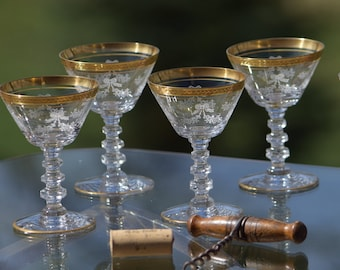 ac825d9c6ac Vintage Needle Etched Gold Rimmed Wine Cordials
