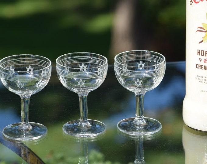 4 Vintage Pressed Glass and Etched Wine Liquor CORDIAL Glasses, 3 oz After Dinner Drink Glasses, Port Wine, Dessert Wine Glasses