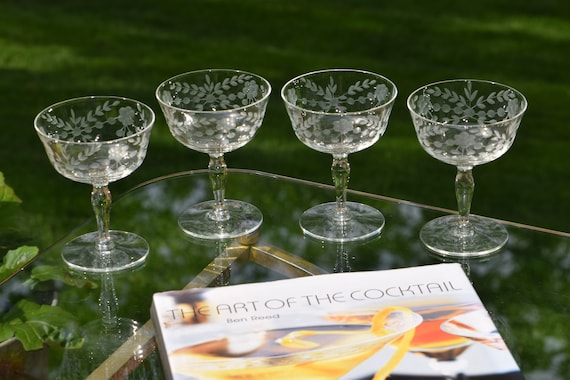 Vintage Etched Cocktail glasses, Set of 4, Mixologist Craft Cocktail Glasses, Vintage Cocktail Coupes, Manhattan glasses, Martini Glasses