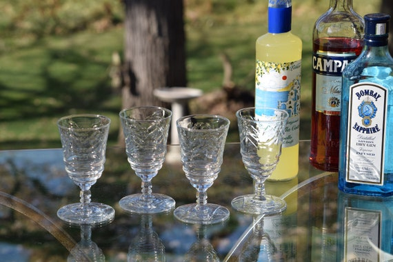 Vintage Etched Wine Glasses, Set of 4,  After Dinner Drink 5-6 oz Liqueur ~ Wine Glasses, Dessert Wine Glasses, White Wine Glasses