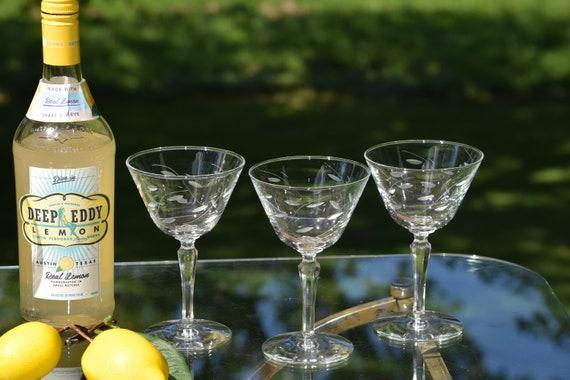 Vintage Etched Cocktail Martini Glasses, Set of 6, 1950's, Vintage Etched Champagne Glasses, Vintage Etched glasses, Home Bartender Glasses