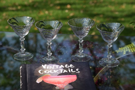 Vintage Cocktail Martini Glasses, Set of 4, Cambridge, circa 1950's, Vintage Champagne Glasses, Vintage Wedding Glasses Craft Cocktail Glass