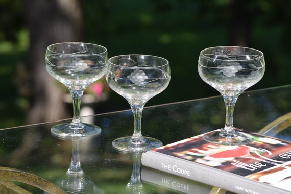 Vintage Etched Cocktail Martini Glasses, Set of 4, 1950's, Vintage Etched Champagne Glasses, Vintage Cocktail Champagne Coupes