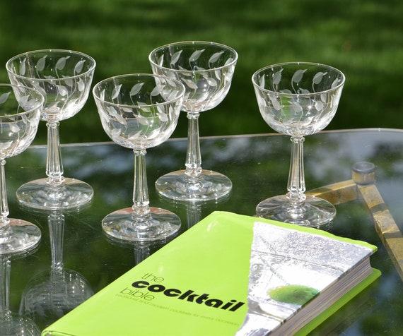Vintage Etched Wine Glasses - Liquor Glasses, Set of 4, 4 oz After Dinner Drink Glasses, Vintage 4 oz Cocktail Glasses, Port Wine Glasses