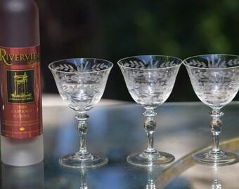 5 Vintage Etched Wine~ Liquor Glasses, 1950's, 3 oz After Dinner Drinks ~ Port - Dessert Wine Glasses, 3 oz Small Aperitif Glass