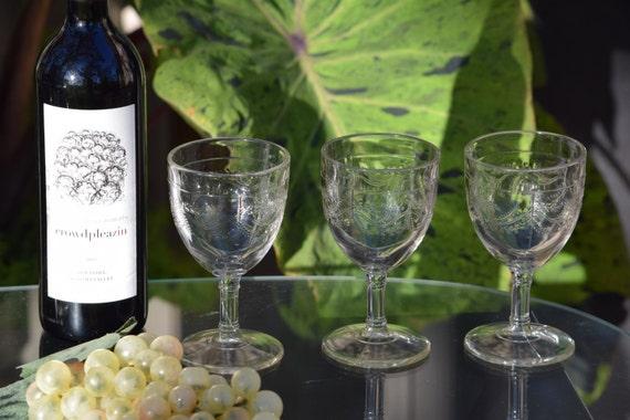 Vintage  Wine Glasses Set of 5, Antique Pressed Glass Wine Glasses, Floral Wine Glasses, Vintage Cocktail Glasses, Home bartender glasses