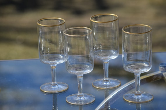 Vintage Tall Gold Rimmed Wine - Cocktail Glasses, Set of 4, Vintage Gold Rim Champagne glasses, Cocktail Party Glasses