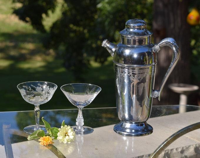 Vintage Silver Chrome Martini ~ Cocktail Shaker, 1950's,  Martini Shaker, Home Bartender ~ Mixologist Gift, Bar Cart Decor