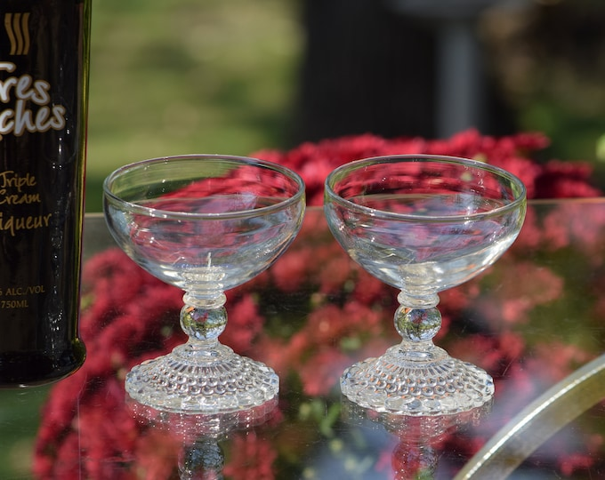 4 Vintage Cocktail Glasses, Vintage Cocktail Coupes, Set of 4, Cocktail Party Glasses, Bartender Gifts, Gin Glasses, Champagne Glasses