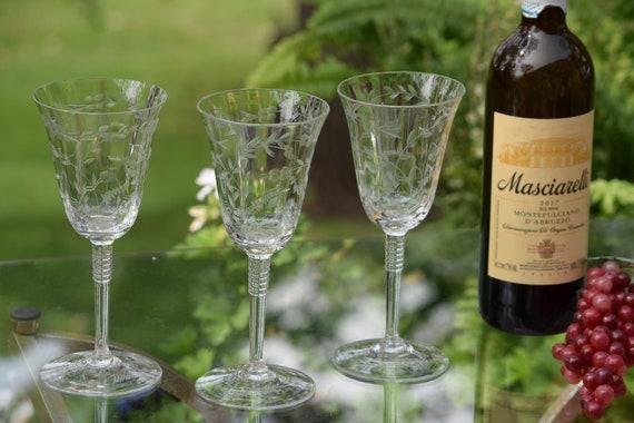 Vintage Etched Wine Glasses, Set of 6,  Vintage Tall Etched Wine glasses ~ Water Goblets, Elegant Vintage Wedding Glasses