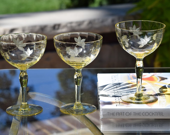 3 Vintage Yellow Etched Cocktail Glasses, 1950's, Mixologist Craft Cocktail Coupes, Summer Cocktail Glasses, Champagne Coupes,