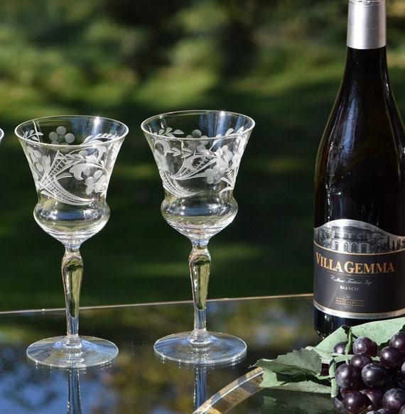 Vintage Etched Wine Glasses, Set of 4,  Floral Etched Wine glasses ~ Cocktail Glasses, Elegant Vintage Wedding Toasting Glasses