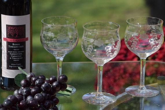 Vintage Etched Wine Glasses, Set of 6,  Antique Wine glasses, Vintage Water Glasses ~ Cocktail Glasses ~White Wine Glass