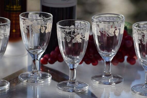 Vintage Etched Wine Cordials, Set of 6,  Vintage Etched Liquor Cordials ~ 2 oz, After Dinner Drinks Glasses ~ Port Dessert Wine Glasses