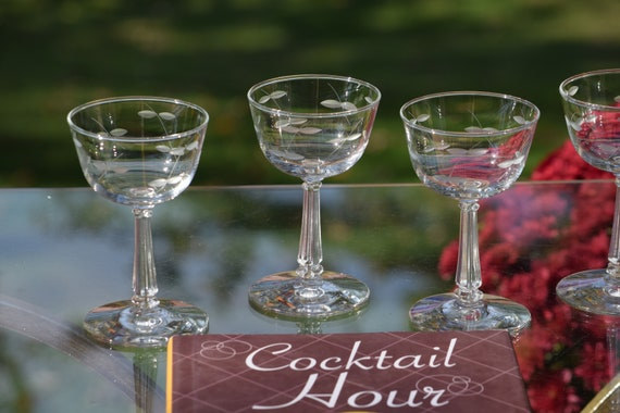 Vintage Etched Cocktail - Martini glasses, Set of 4,  circa 1950's, Mixologists Craft Cocktail Glasses, Small 4-5 oz Cocktail Glasses