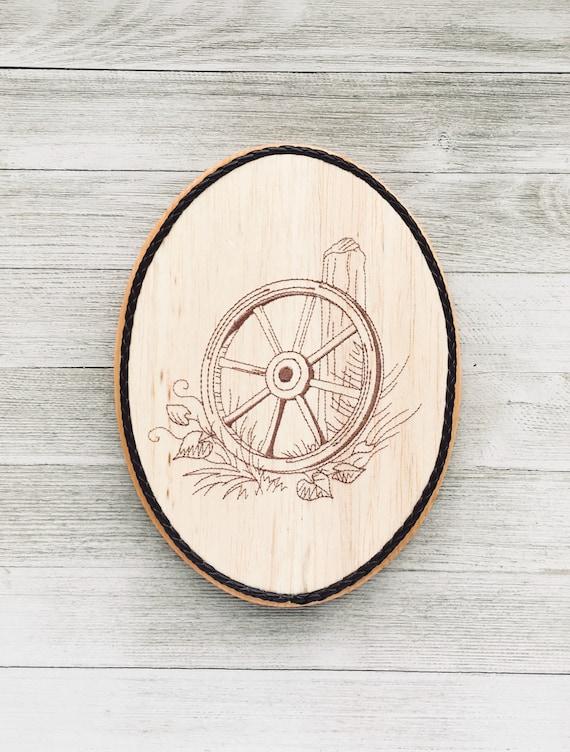 Western Wood Wagon Wheel wall Decor Home & Garden Wall Sculptures
